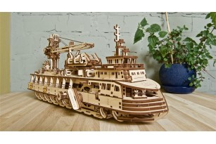 Mechanical wooden Model «Research Vessel»