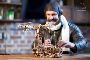 Mechanical model Aviator