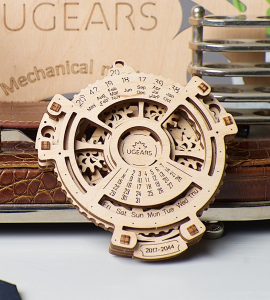 Ugears mechanical model kit Date Navigator and wooden 3D puzzle. Calendar for 2017-2044 years with planetary mechanism inside. Original gift for boys and girls and smart hobby for grown-ups.