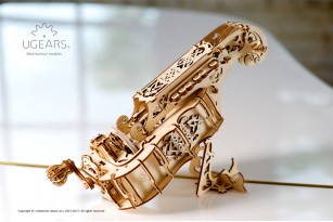 Mechanical model Hurdy-Gurdy